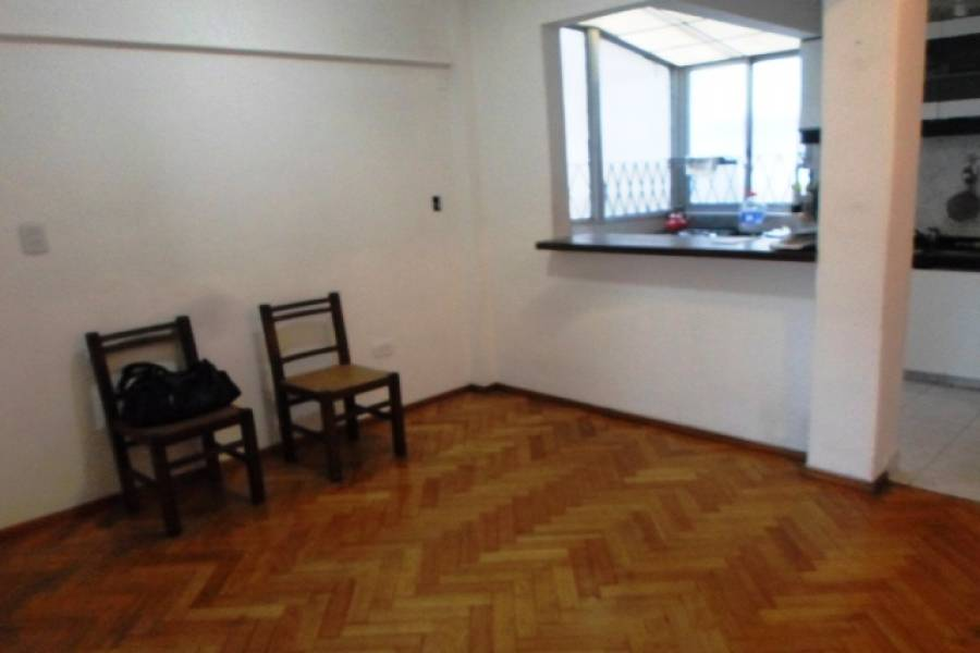Flores,Capital Federal,Argentina,2 Bedrooms Bedrooms,1 BañoBathrooms,Apartamentos,CARABOBO,7264
