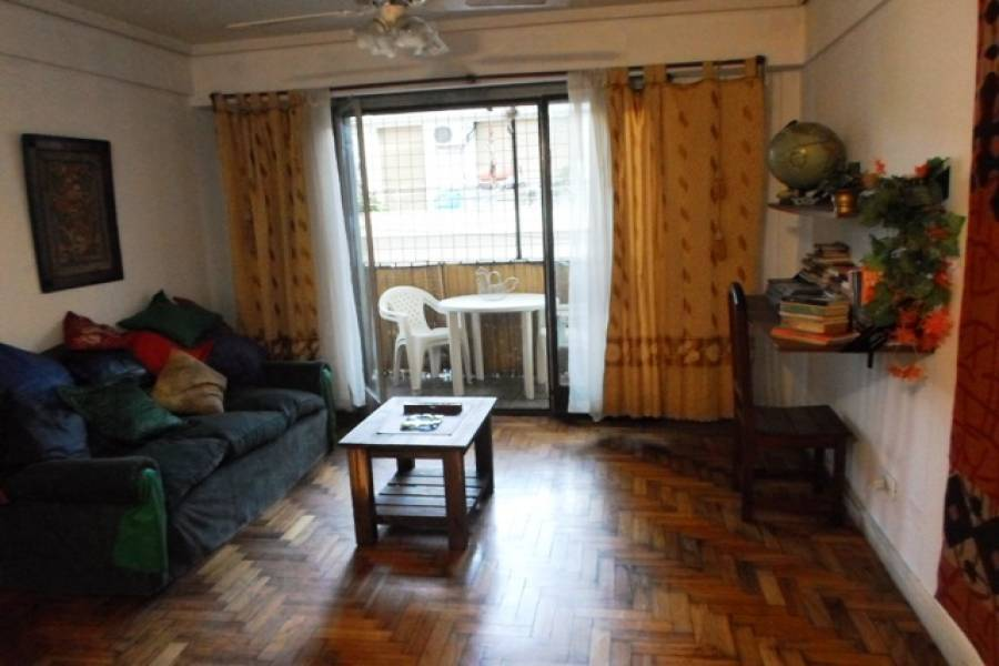 Flores,Capital Federal,Argentina,2 Bedrooms Bedrooms,1 BañoBathrooms,Apartamentos,BACACAY,7311