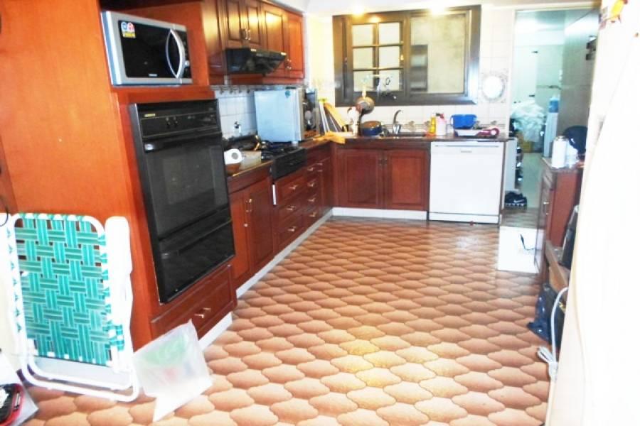 Flores,Capital Federal,Argentina,2 Bedrooms Bedrooms,1 BañoBathrooms,Apartamentos,ALBERDI,7331
