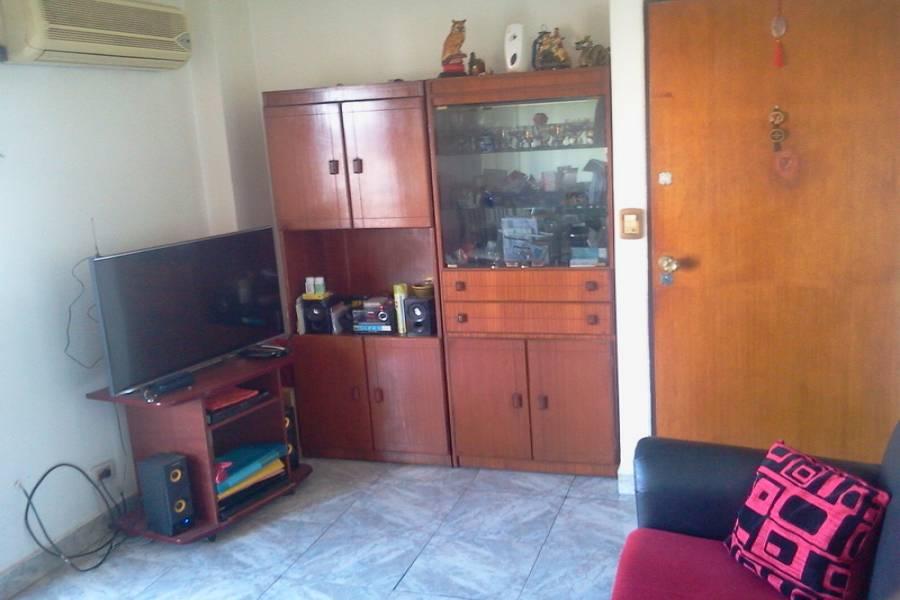 Parque Patricios,Capital Federal,Argentina,2 Bedrooms Bedrooms,1 BañoBathrooms,Apartamentos,ALBERTI ,7336