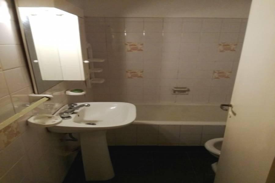 Flores,Capital Federal,Argentina,2 Bedrooms Bedrooms,1 BañoBathrooms,Apartamentos,J B ALBERDI,7356