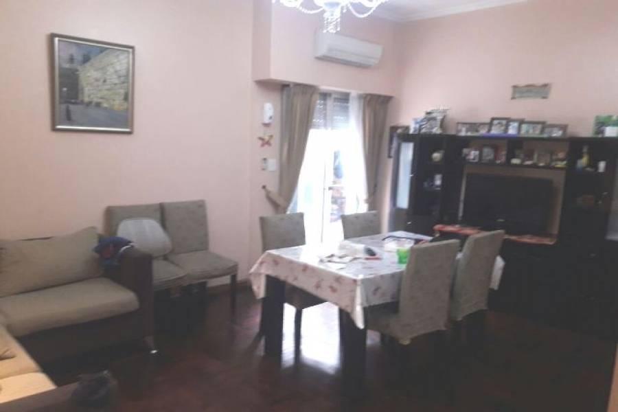 Flores,Capital Federal,Argentina,2 Bedrooms Bedrooms,1 BañoBathrooms,Apartamentos,BOYACA ,7452