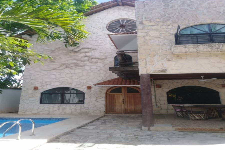 Solidaridad,Quintana Roo,Mexico,3 Bedrooms Bedrooms,2 BathroomsBathrooms,Casas,26 Nte,7457