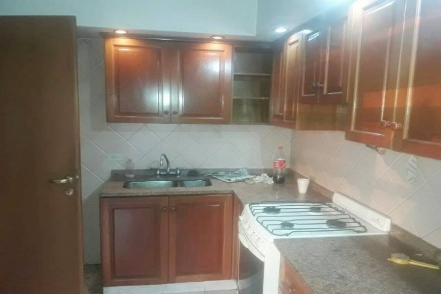Flores,Capital Federal,Argentina,2 Bedrooms Bedrooms,1 BañoBathrooms,Apartamentos,CAMACUA,7463