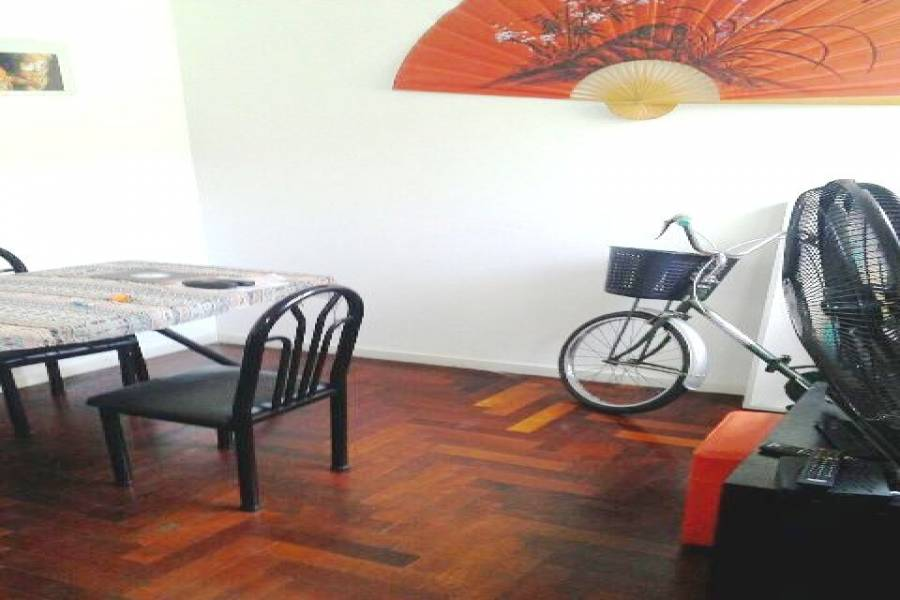 Flores,Capital Federal,Argentina,2 Bedrooms Bedrooms,1 BañoBathrooms,Apartamentos,FALCON,7475
