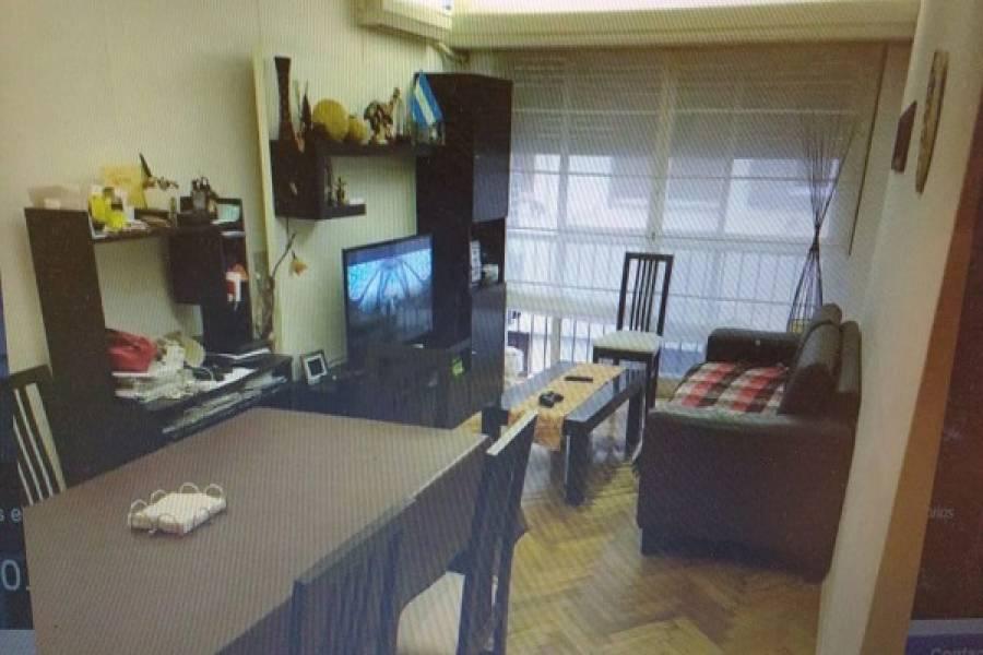 Flores,Capital Federal,Argentina,2 Bedrooms Bedrooms,1 BañoBathrooms,Apartamentos,FALCON,7478