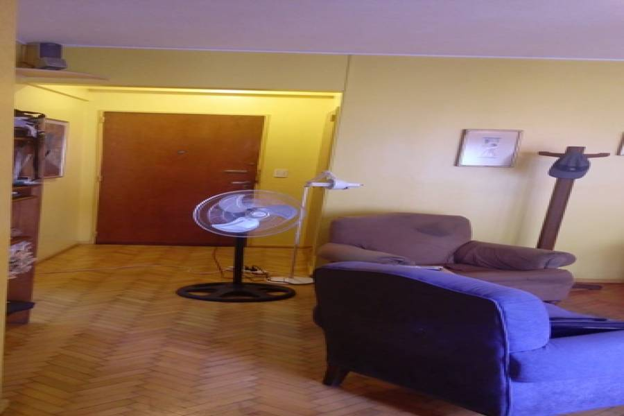 Flores,Capital Federal,Argentina,2 Bedrooms Bedrooms,1 BañoBathrooms,Apartamentos,AV RIVADAVIA,7494
