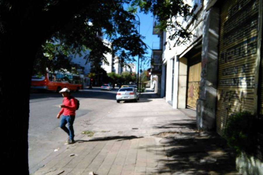 Flores,Capital Federal,Argentina,Local comercial,DIRECTORIO,7512