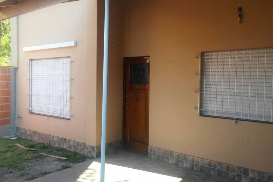 Hurlingham,Buenos Aires,Argentina,2 Bedrooms Bedrooms,1 BañoBathrooms,PH Tipo Casa,LOS PATOS,7531