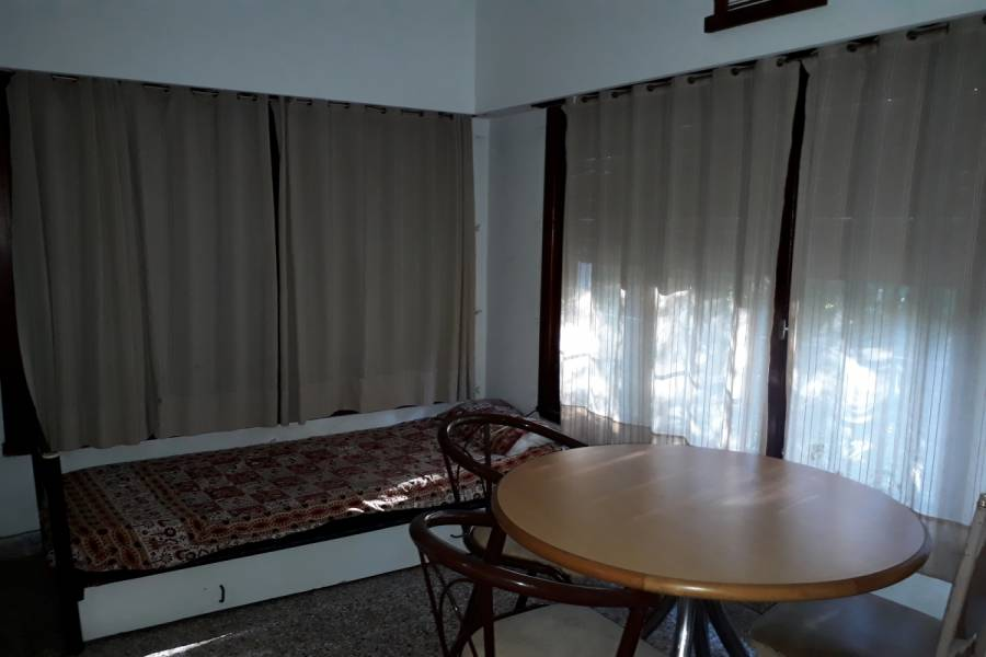 Santa Teresita,Buenos Aires,Argentina,2 Bedrooms Bedrooms,2 BathroomsBathrooms,Casas,CATAMARCA,7656
