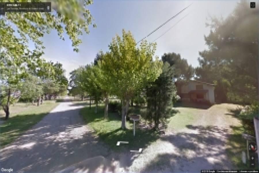 Las Toninas,Buenos Aires,Argentina,3 Bedrooms Bedrooms,1 BañoBathrooms,Casas,COSTA CHICA 11 Nº2449 ENTRE 52 y 54,7658