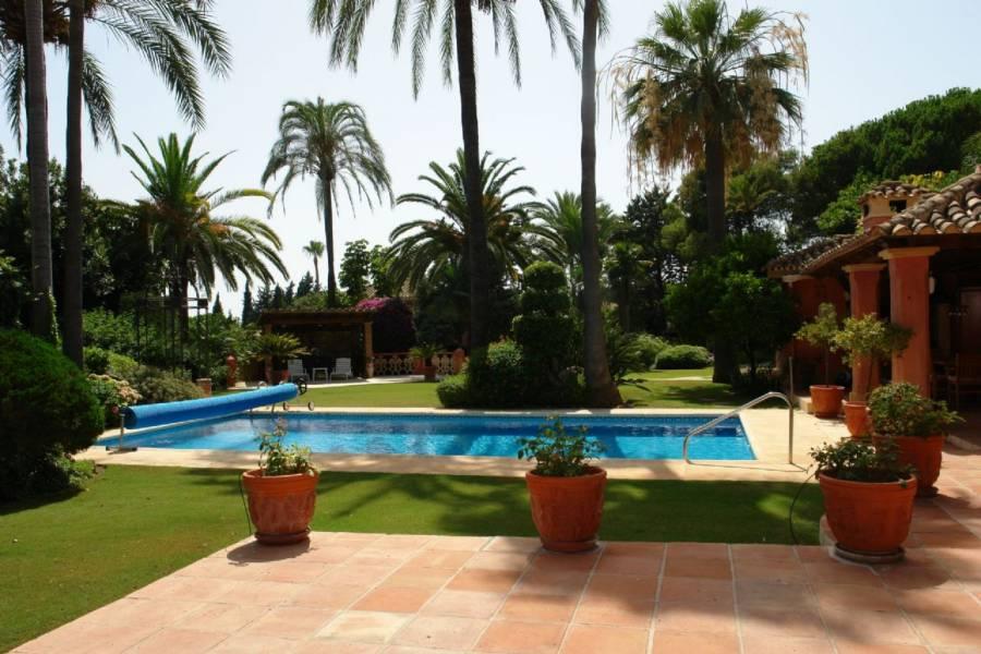 Marbella,Málaga,España,5 Bedrooms Bedrooms,5 BathroomsBathrooms,Fincas-Villas,7959