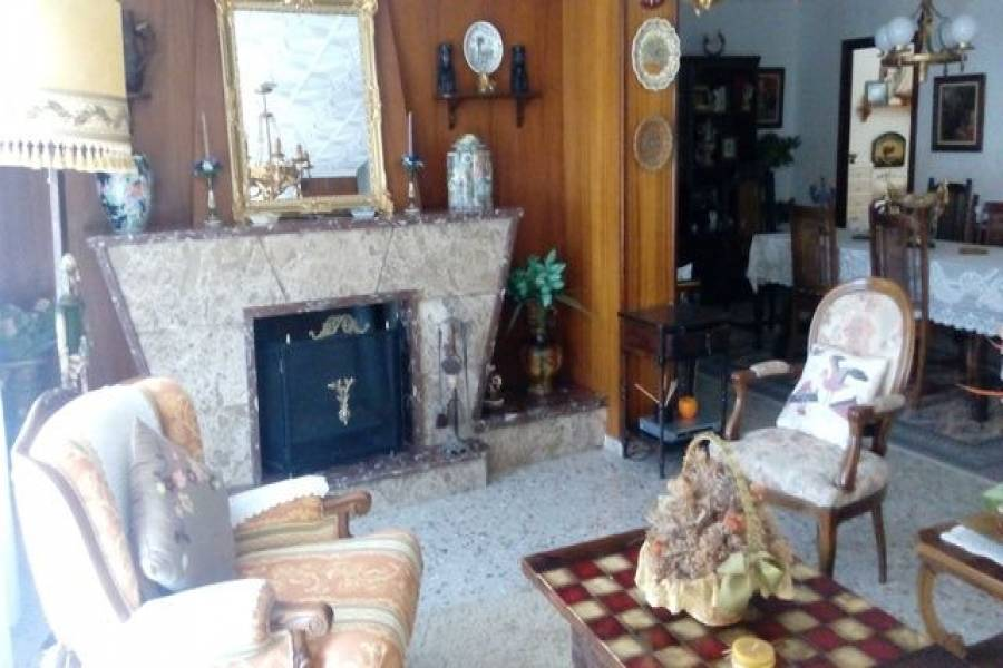 Crevillent,Alicante,España,5 Bedrooms Bedrooms,2 BathroomsBathrooms,Casas,8033