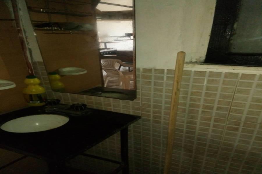 Las Toninas,Buenos Aires,Argentina,2 Bedrooms Bedrooms,1 BañoBathrooms,Casas,COSTA CHICA 58,8098