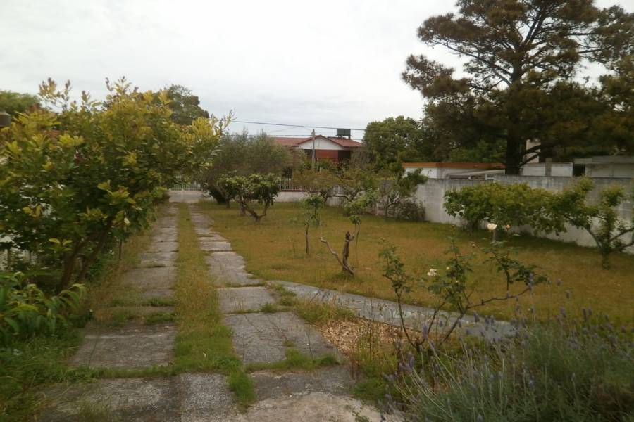 Santa Teresita,Buenos Aires,Argentina,2 Bedrooms Bedrooms,1 BañoBathrooms,Casas,37,8105