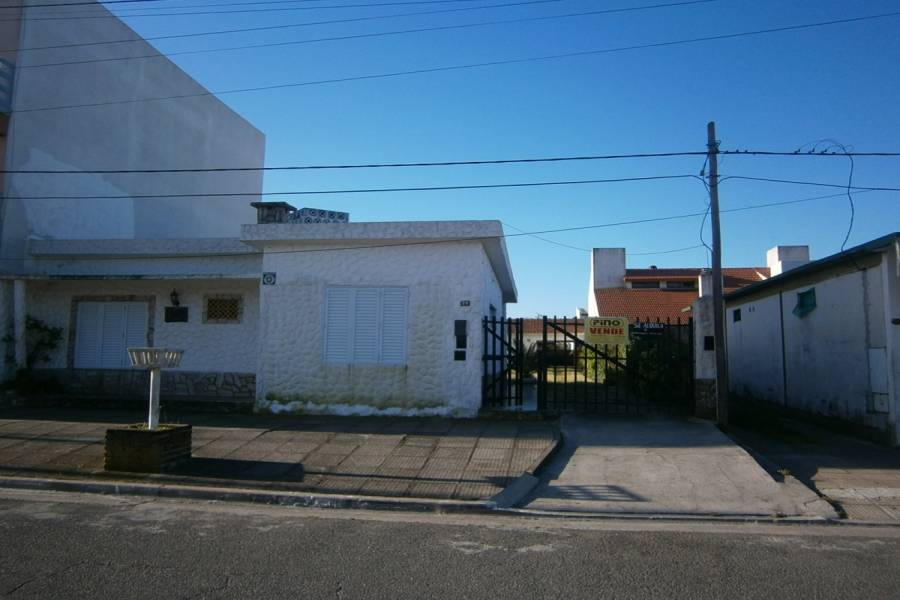 Mar del Tuyu,Buenos Aires,Argentina,2 Bedrooms Bedrooms,1 BañoBathrooms,Casas,58,8107