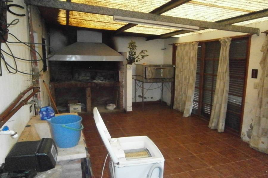 Santa Teresita,Buenos Aires,Argentina,4 Bedrooms Bedrooms,2 BathroomsBathrooms,Casas,42 ,8116