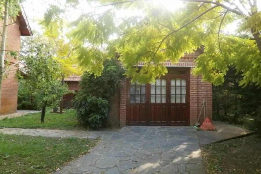 Santa Teresita,Buenos Aires,Argentina,3 Bedrooms Bedrooms,3 BathroomsBathrooms,Casas,URQUIZA,8127