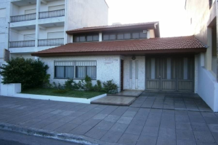 Santa Teresita,Buenos Aires,Argentina,3 Bedrooms Bedrooms,2 BathroomsBathrooms,Casas,1,8133