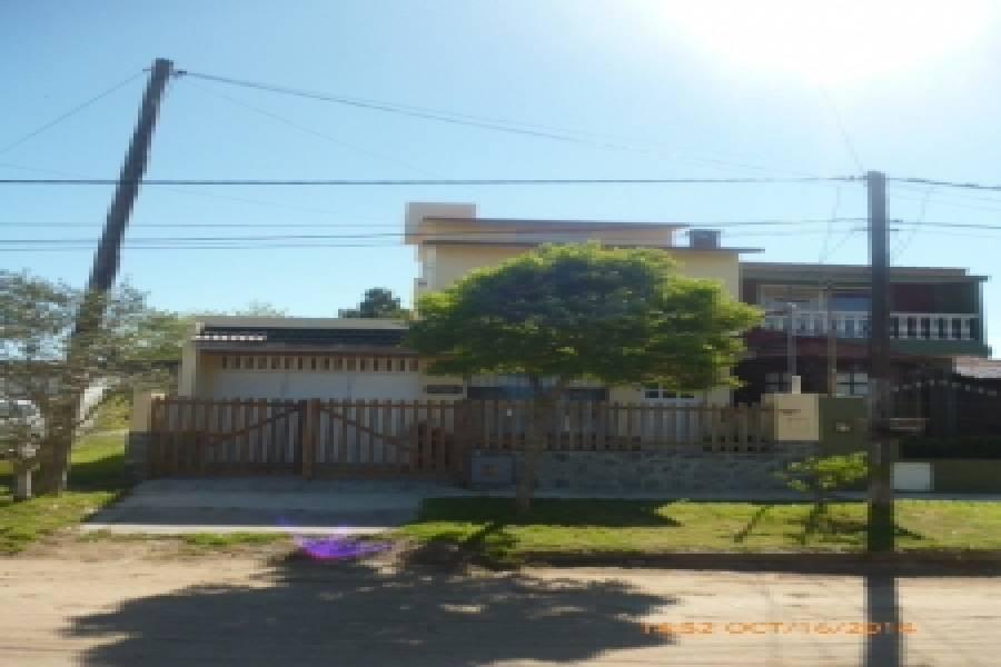 Santa Teresita,Buenos Aires,Argentina,3 Bedrooms Bedrooms,3 BathroomsBathrooms,Casas,5,8144