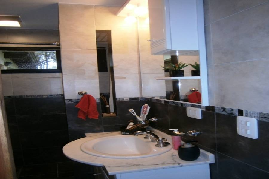 Costa Del Este,Buenos Aires,Argentina,3 Bedrooms Bedrooms,3 BathroomsBathrooms,Casas,LOS PINOS,8145