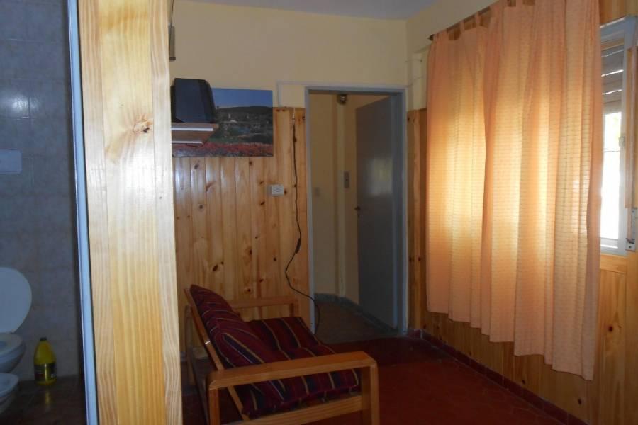 Las Toninas,Buenos Aires,Argentina,2 Bedrooms Bedrooms,2 BathroomsBathrooms,Casas,15,8147