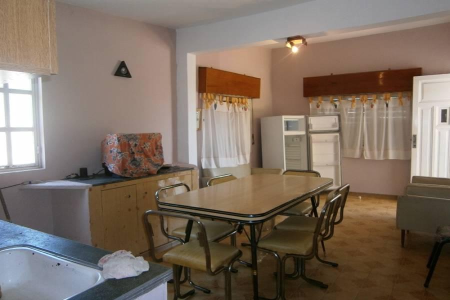 Las Toninas,Buenos Aires,Argentina,2 Bedrooms Bedrooms,1 BañoBathrooms,Casas,54 ESQUINA 3,8149