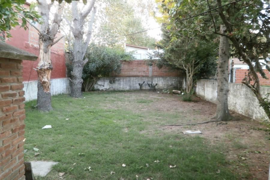 Santa Teresita,Buenos Aires,Argentina,2 Bedrooms Bedrooms,1 BañoBathrooms,Casas,130,8161