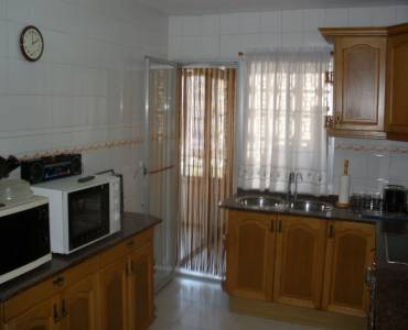 Alicante,Alicante,España,4 Bedrooms Bedrooms,1 BañoBathrooms,Pisos,8262