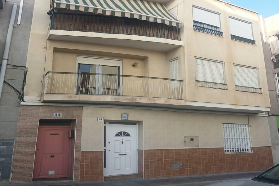 Santa Pola,Alicante,España,4 Bedrooms Bedrooms,1 BañoBathrooms,Pisos,8269