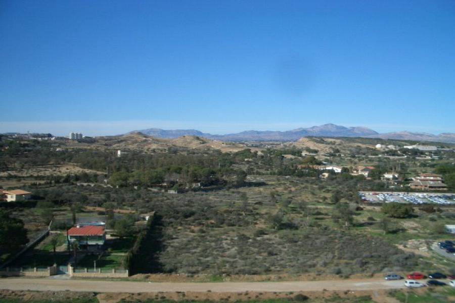 Alicante,Alicante,España,3 Bedrooms Bedrooms,1 BañoBathrooms,Pisos,8410