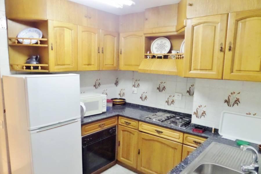 Alicante,Alicante,España,2 Bedrooms Bedrooms,1 BañoBathrooms,Pisos,8422