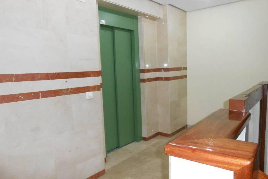 Alicante,Alicante,España,3 Bedrooms Bedrooms,2 BathroomsBathrooms,Pisos,8435