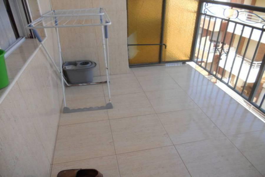 Torrevieja,Alicante,España,3 Bedrooms Bedrooms,1 BañoBathrooms,Pisos,8444