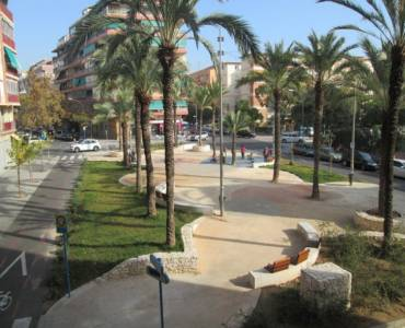 Alicante,Alicante,España,3 Bedrooms Bedrooms,1 BañoBathrooms,Pisos,8606