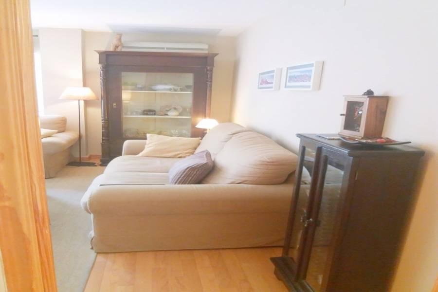 Alicante,Alicante,España,2 Bedrooms Bedrooms,2 BathroomsBathrooms,Pisos,8614