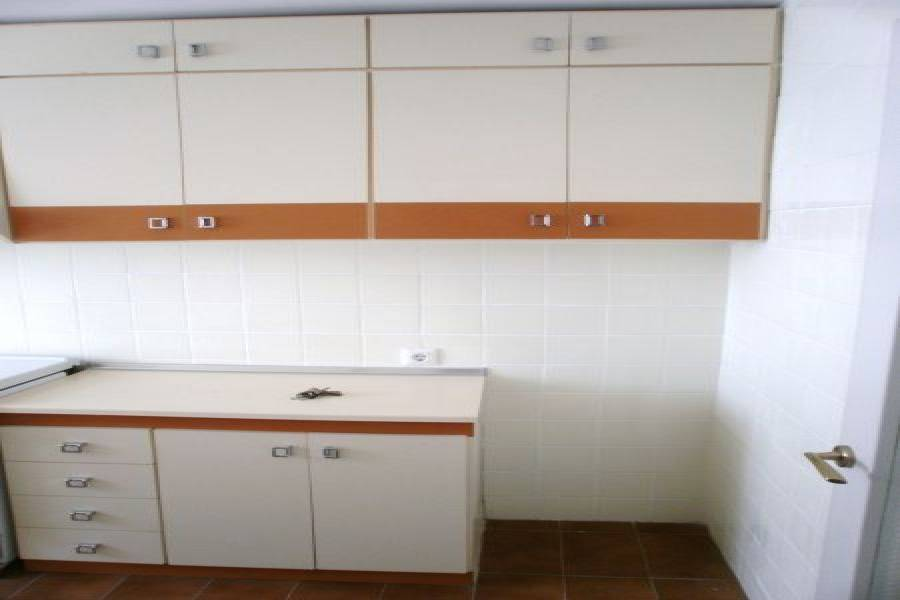 Alicante,Alicante,España,3 Bedrooms Bedrooms,1 BañoBathrooms,Pisos,8615
