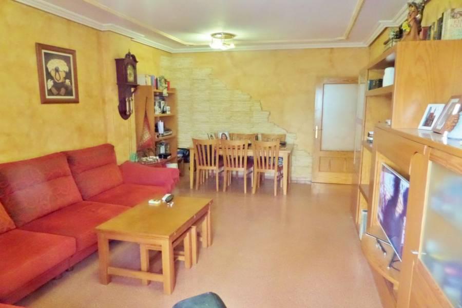 Mutxamel,Alicante,España,4 Bedrooms Bedrooms,2 BathroomsBathrooms,Pisos,8653