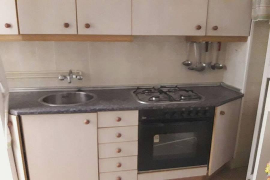 Alicante,Alicante,España,3 Bedrooms Bedrooms,1 BañoBathrooms,Pisos,8797