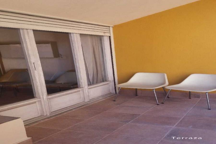 Alicante,Alicante,España,5 Bedrooms Bedrooms,2 BathroomsBathrooms,Pisos,8826