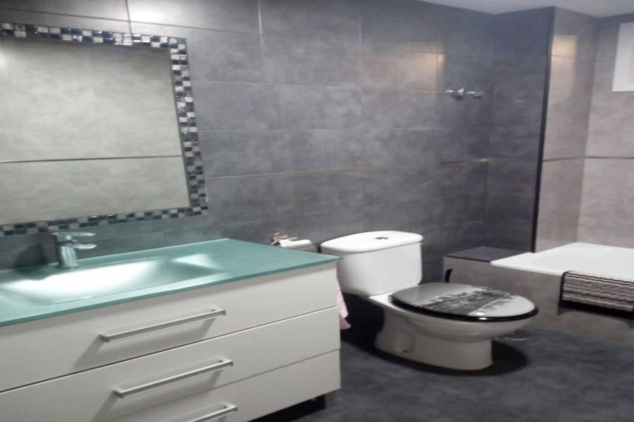 San Vicente del Raspeig,Alicante,España,3 Bedrooms Bedrooms,1 BañoBathrooms,Pisos,9005