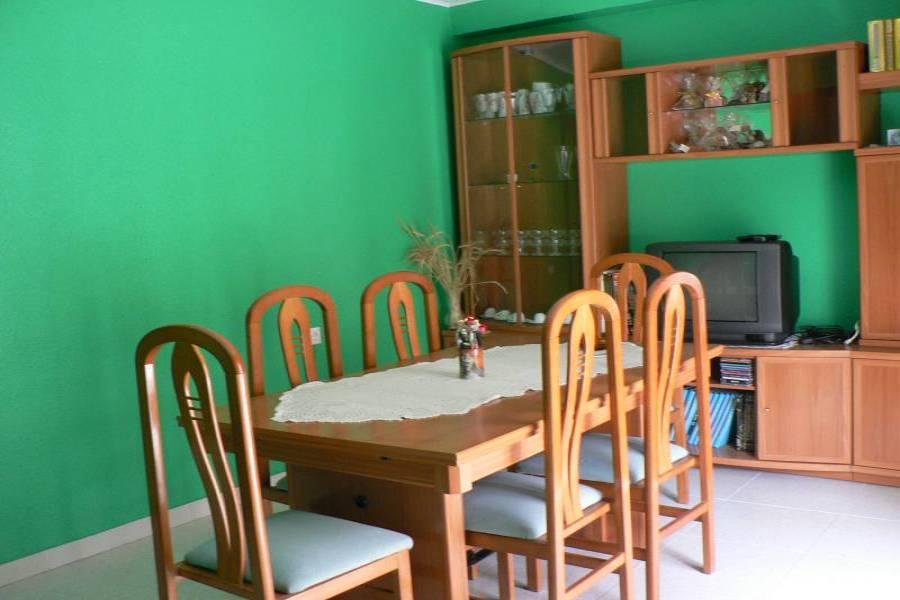 Alicante,Alicante,España,4 Bedrooms Bedrooms,1 BañoBathrooms,Pisos,9013