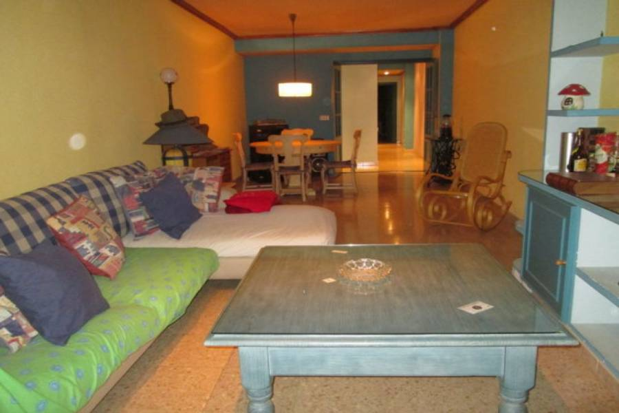 Alicante,Alicante,España,3 Bedrooms Bedrooms,1 BañoBathrooms,Pisos,9188