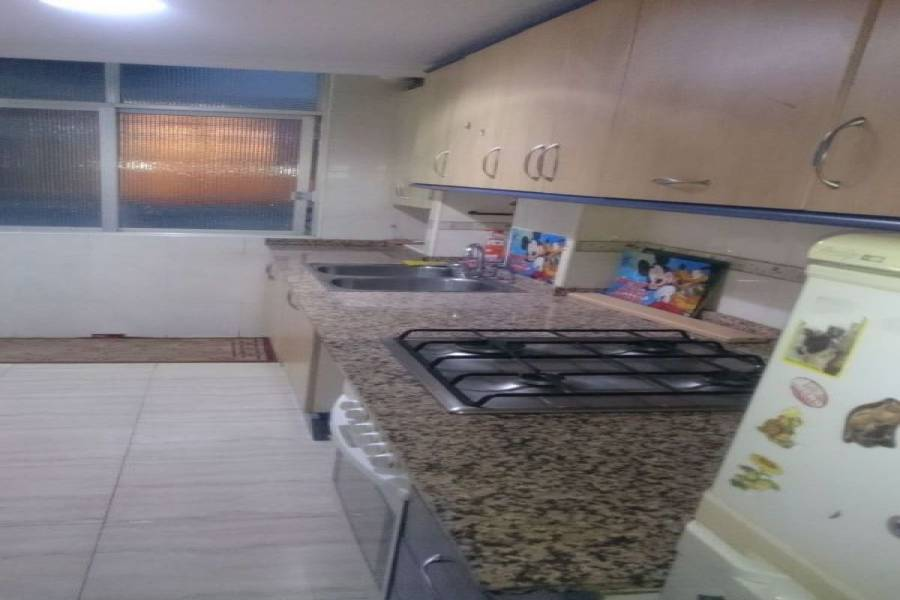 Alicante,Alicante,España,3 Bedrooms Bedrooms,1 BañoBathrooms,Pisos,9230