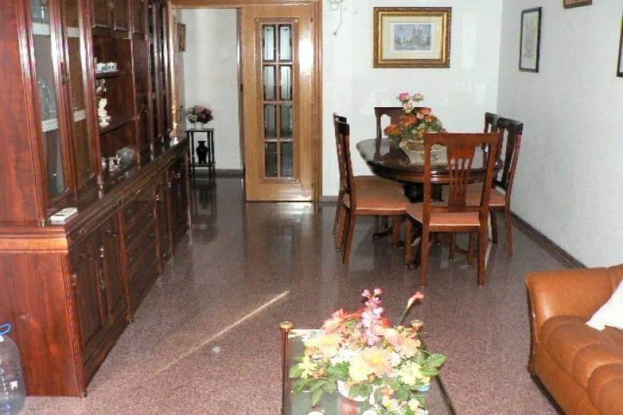 Alicante,Alicante,España,4 Bedrooms Bedrooms,2 BathroomsBathrooms,Pisos,9257