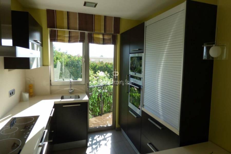 Santa Pola,Alicante,España,3 Bedrooms Bedrooms,3 BathroomsBathrooms,Pisos,9410
