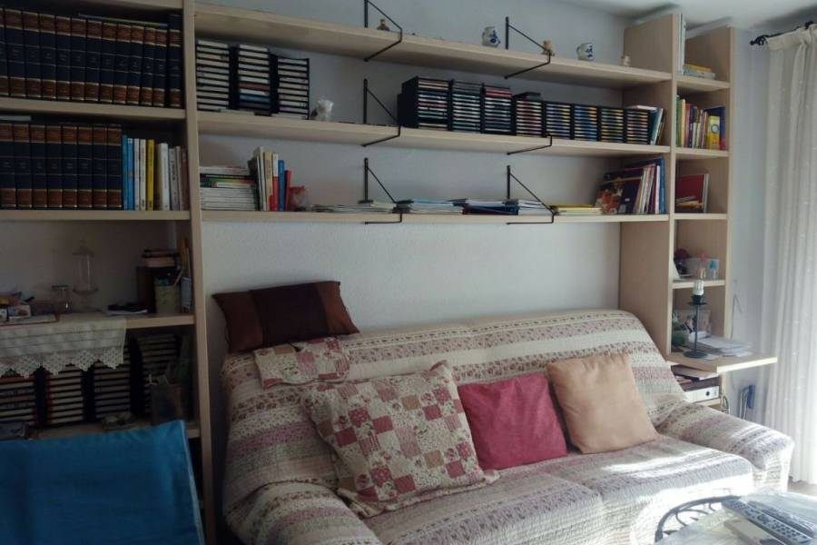 Alicante,Alicante,España,2 Bedrooms Bedrooms,2 BathroomsBathrooms,Pisos,9446