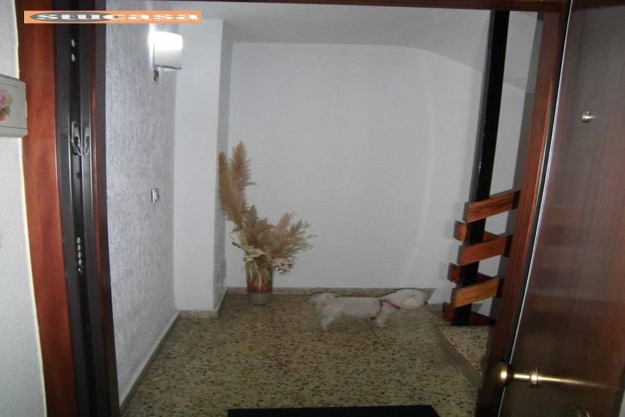 Alicante,Alicante,España,3 Bedrooms Bedrooms,2 BathroomsBathrooms,Pisos,9449