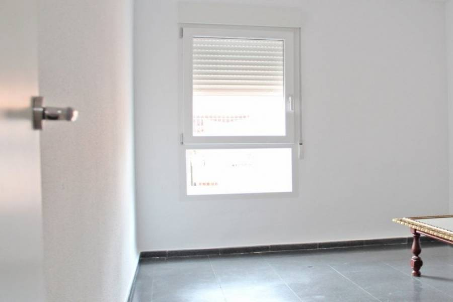 Dénia,Alicante,España,4 Bedrooms Bedrooms,2 BathroomsBathrooms,Pisos,9461