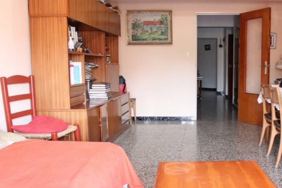 Dénia,Alicante,España,4 Bedrooms Bedrooms,2 BathroomsBathrooms,Pisos,9463